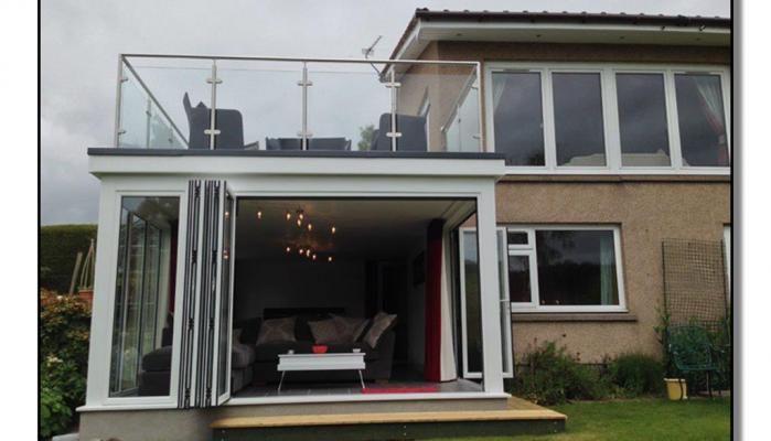 Extension with Balcony glass balustrade 5