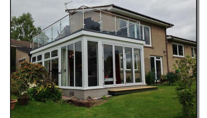 Extension with Balcony glass balustrade 6